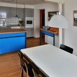 Vakantie appartement keuken met eettafel